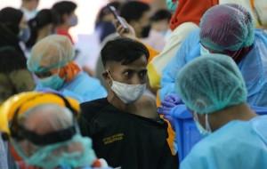 1.400 Pedagang di Kota Tangerang Disuntik Vaksin Covid-19