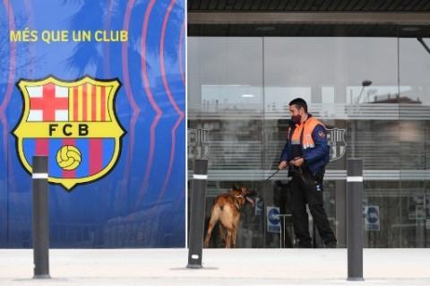 Bartomeu Ditangkap ketika Polisi Menggeledah Kantor Barcelona