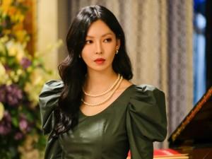 Menilik Karakter Pemeran Drama Penthouse lewat Warna Make Up