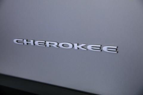 Nama Jeep Cherokee Diprotes Suku Asli Amerika, Ada Apa?