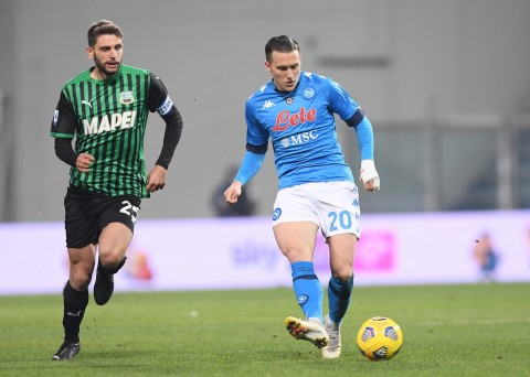 Sassuolo vs Napoli: Hujan Gol dan Tiga Penalti Warnai Hasil Imbang Kedua Tim
