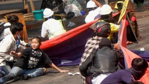 Ditembak Mati karena Kaus Bertuliskan 'Semua Akan Baik-baik Saja'