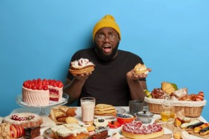Hari Obesitas Sedunia, Apa Pemicu dan Bagaimana Penanganannya?