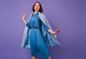 Ide Gaya Semi-Formal untuk Wanita Fashionable