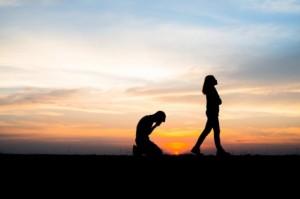 Tanda Bahwa Hubunganmu Sudah Berakhir
