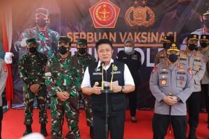 Herman Deru Dampingi Panglima TNI dan Kapolri Tinjau Vaksinasi Covid-19