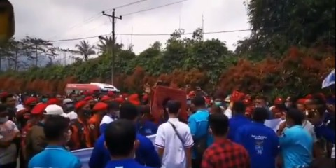 Andi Arief Ungkap Pihak yang Mengadu Domba Kader Demokrat dengan Pemuda Pancasila