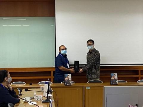 Rajut Silaturahmi, Tim OSC Medcom.id Sambangi Universitas Maranatha