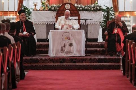 Paus Fransiskus Temui Ulama Syiah Ternama di Irak