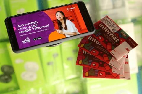 Sinergi Telkomsel dan Gojek, Penghasilan Tambahan dari Jual Pulsa
