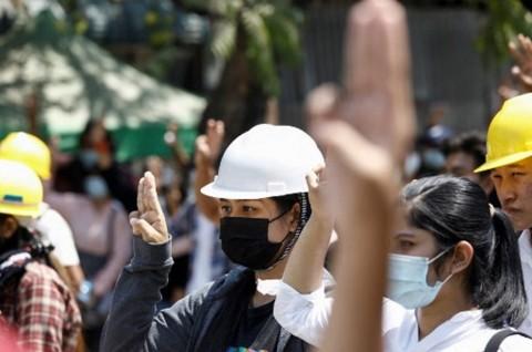 Ratusan Pedemo Myanmar Bebas usai 'Terperangkap' Sepanjang Malam