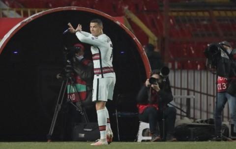 Anulir Gol Ronaldo, Wasit Sudah Minta Maaf