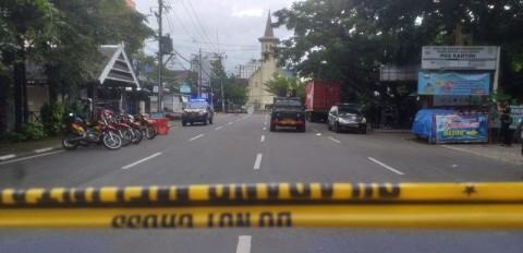 Bom Bunuh Diri di Depan Gereja Katedral Makassar Hingga Siaga 1