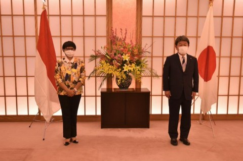 Indonesian, Japanese FMs Discuss Health Cooperation, Post-Pandemic Economic Recovery