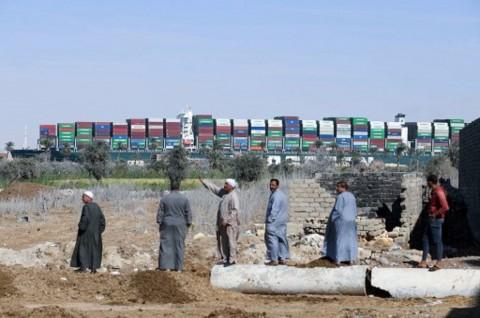 Kapal Pertama Melintasi Terusan Suez usai Krisis Ever Given