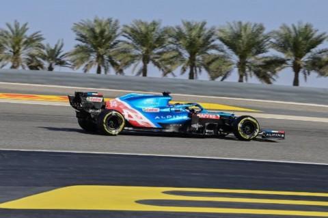 Duh, Bungkus Sandwich Jadi Biang Kerok Fernando Alonso Gagal Finis