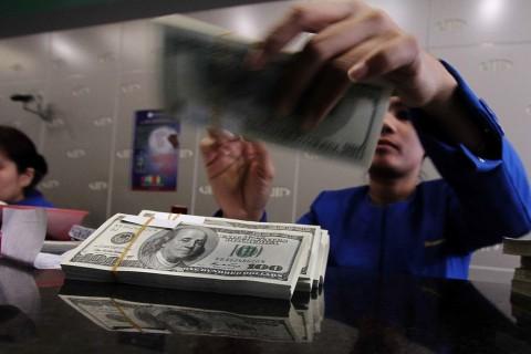 Dolar AS Merekah dari Tingginya Imbal Hasil Obligasi
