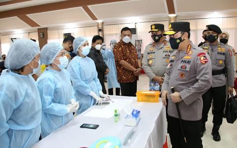 Bertambah 204, 8.053 Polisi di Sulut Sudah Divaksinasi