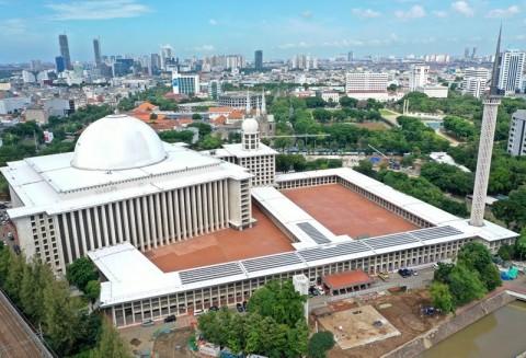 Bentuk Solidaritas, Masjid Istiqlal Tampung Kendaraan Jemaat Katedral