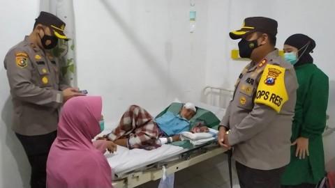 Polisi Berikan Trauma Healing Kepada Korban Penganiayaan Anak Kandung