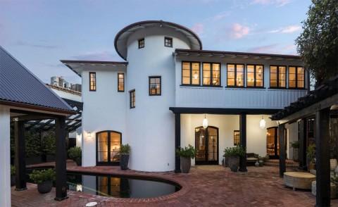 Intip Rumah Bos Netflix yang Dijual Rp216 Miliar