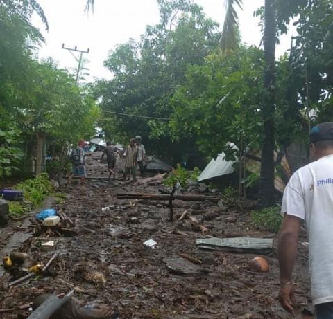 23 Warga Ditemukan Meninggal Pascabanjir Bandang Flores Timur