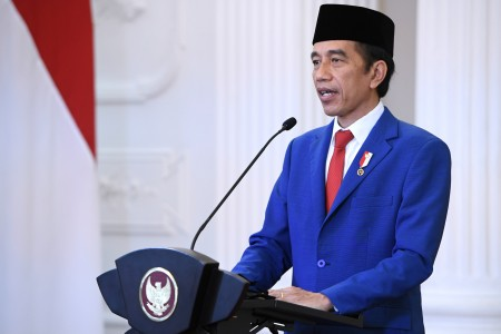 Jokowi Sampaikan Duka Mendalam Atas Bencana di NTT dan NTB