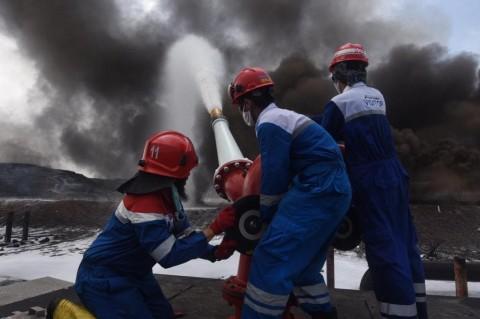 Polda Jabar Periksa 5 Orang terkait Kebakaran Kilang Balongan