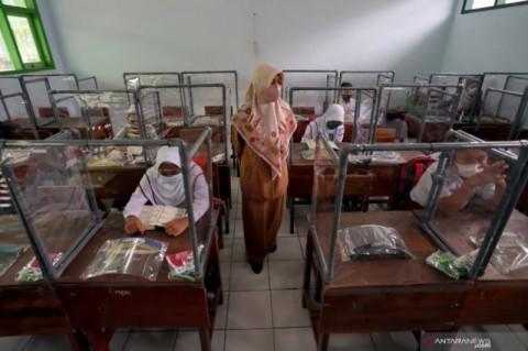 Persiapan PTM, Sarpras Prokes Sekolah di Tangsel Dipastikan Terpenuhi