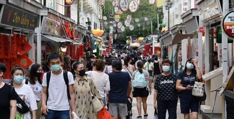Singapura Catat Penjualan Ritel Naik 5,2% di Februari, Didorong Tahun Baru Imlek