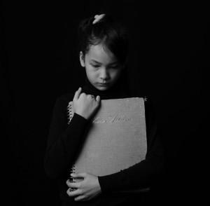Mulai Dari Kurang Tidur hingga Nilai Menurun, Intip 5 Tanda Anak Dibully