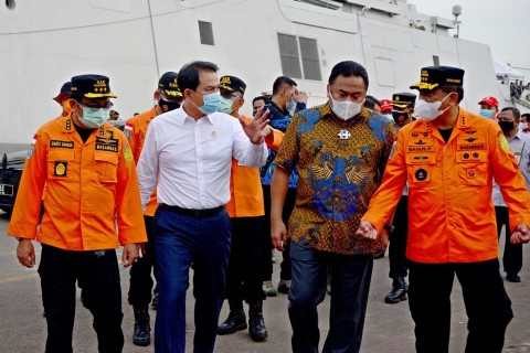 Rachmat Gobel Koordinasi dengan Uskup Larantuka Bantu Korban Bencana NTT