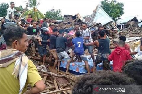 Ratusan Warga Lembata Mengungsi Terdampak Banjir Lahar Hujan