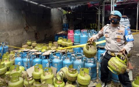 Penyalahgunaan Tabung Gas Bersubsidi di Meruya Utara Dibongkar