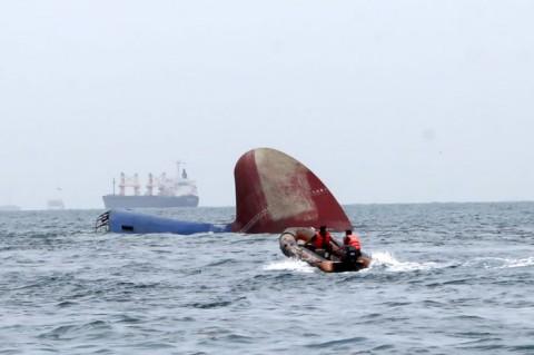 14 ABK Hilang di Perairan Indramayu Masih Dicari