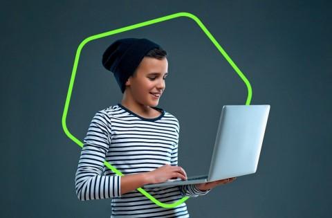Berita Teknologi Terpopuler, dari Redmi 20X hingga Hal Populer Internet