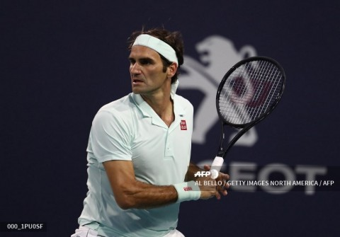 Federer Bersiap Kembali ke Turnamen Tanah Liat Madrid Open