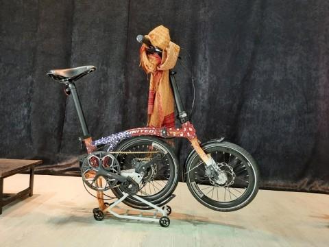 United Bike Rilis Sepeda Batik Edisi Terbatas di Toko Terbaru ATR Cycling