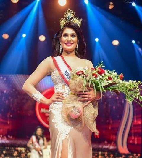 Dituduh Sudah Cerai, Mahkota Ratu Kecantikan di Sri Lanka Dicopot Paksa Saat Penobatan
