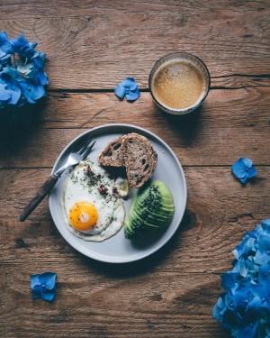 Bahaya Makan Telur Setiap Hari Menurut Pakar Kesehatan