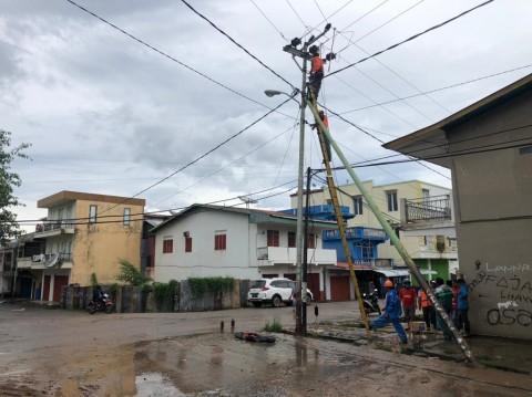 1.578 Gardu Listrik di NTT Kembali Menyala Usai Badai Seroja