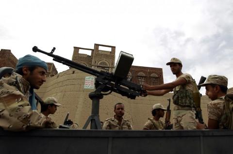 Houthi Klaim Serang Bandara Internasional Abha di Arab Saudi