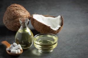 Manfaat Minyak Kelapa untuk Pasien PCOS