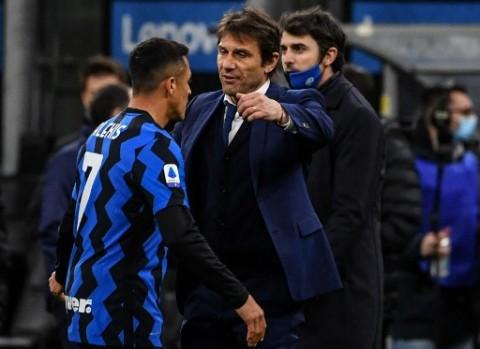 Menang  atas Cagliari, Conte: Inter Mulai Terbiasa dengan Tekanan