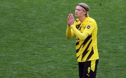 Dortmund tidak Tertarik Turunkan Harga Pemain, termasuk Haaland