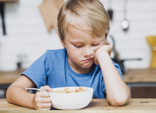 Eating disorder baru bisa terjadi pada anak-anak usia sekolah yang sudah pernah mengalami bullying atau body shaming. ( Foto: Ilustrasi. Dok. Freepik.com)