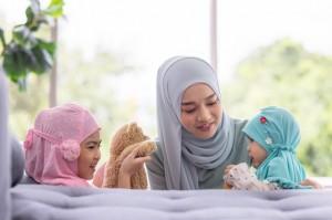 Manfaat Melatih Kebaikan Anak di Bulan Ramadan