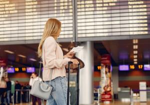 Kurangi Kontak Fisik, Bandara Narita Uji Coba Sistem Pengenalan Wajah