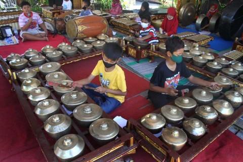 Perlu Gerakan Masyarakat untuk Meningkatkan Kepedulian terhadap Nilai-Nilai Warisan Budaya
