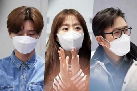 Park Seo Joon, Park Bo Young, dan Lee Byung Hun Mulai Syuting Film <i>Concrete Utopia</i>